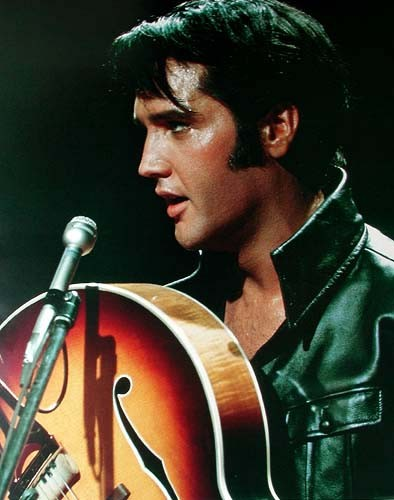 Elvis mit Gitarre Poster 40x50