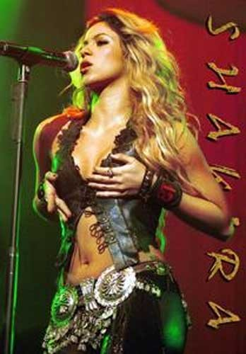 Shakira, Live