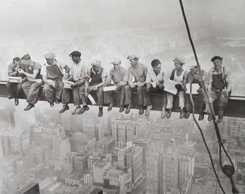 New York, Bauarbeiter essen auf Stahlträger, Poster 40x50