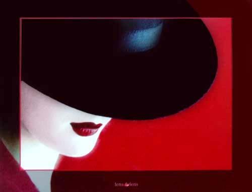 Lady und Schwarzer Hut by Lens & Lens *